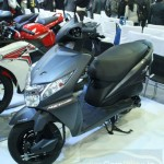 New-Honda-Dio-Moto-Scooter-front-angle-image
