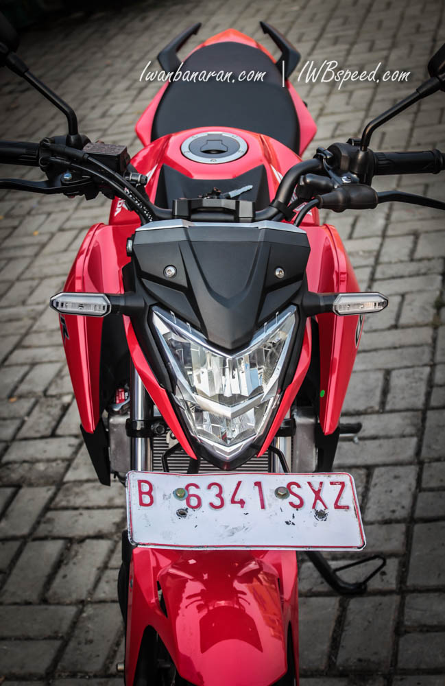 new CB150R red