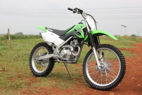 New-Kawasaki-KLX-2016-Indonesia-2