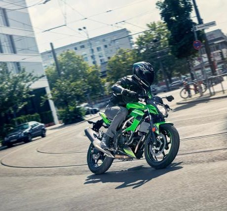 2019 Z125 – Action Images (8)