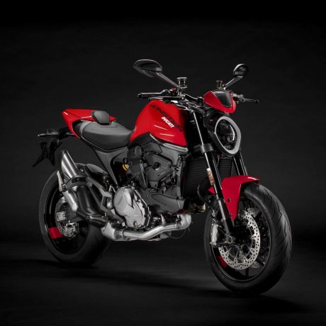 2021-Ducati-Monster-Plus-11-scaled