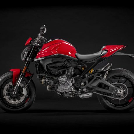 2021-Ducati-Monster-Plus-21-scaled