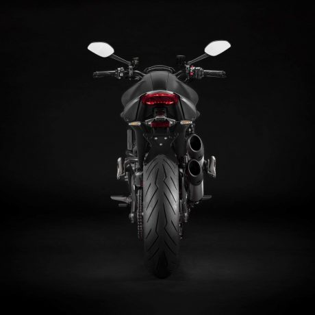 2021-Ducati-Monster-Plus-29-scaled