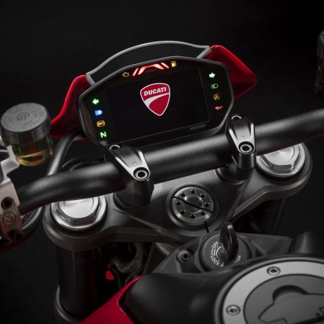 2021-Ducati-Monster-Plus-30-scaled