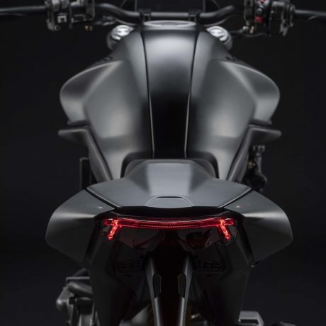 2021-Ducati-Monster-Plus-32-scaled