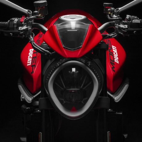 2021-Ducati-Monster-Plus-35-scaled