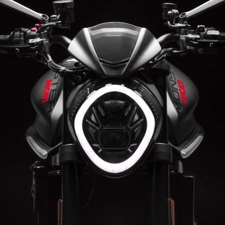 2021-Ducati-Monster-Plus-41-scaled