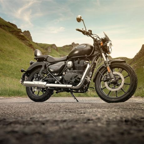 royal-enfield-meteor-350-outdoors-1549