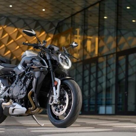 2022-mv-agusta-brutale-rs—front-right