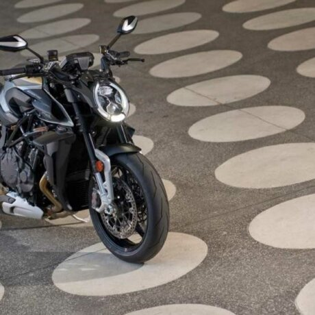 2022-mv-agusta-brutale-rs—top-right
